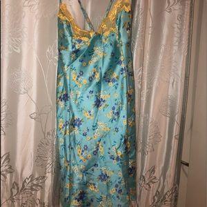 Victoria's  Secret turquoise nightgown